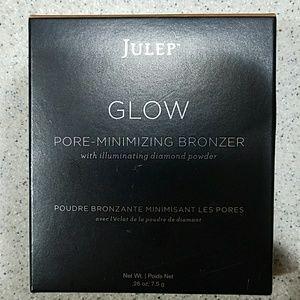 NIB Julep Glow Bronzer Light Golden Bronze